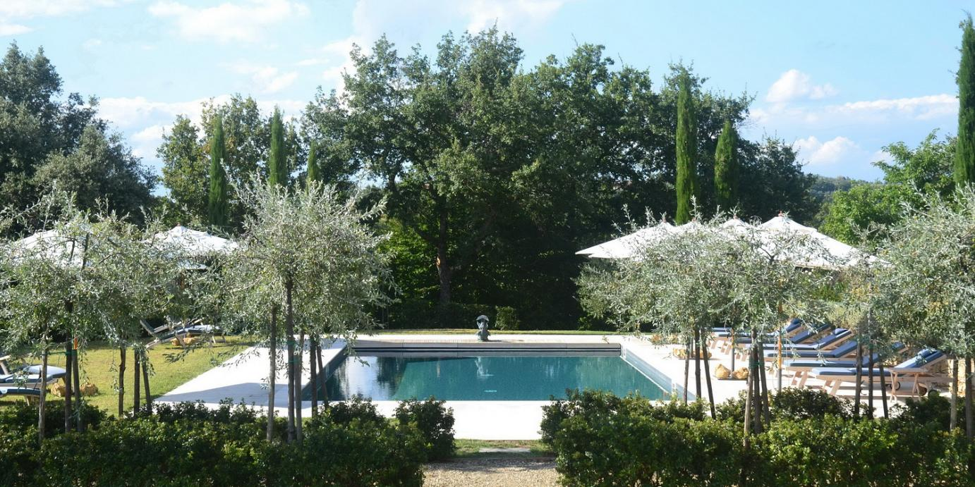 Luxury Val d'Orcia villa, sleeps 8, 9, 10